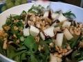Insalata di valeriana e rucola con uva, pecorino e noci