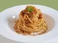 spaghetti-alici-pomodori-secchi-e-mollica-tostata